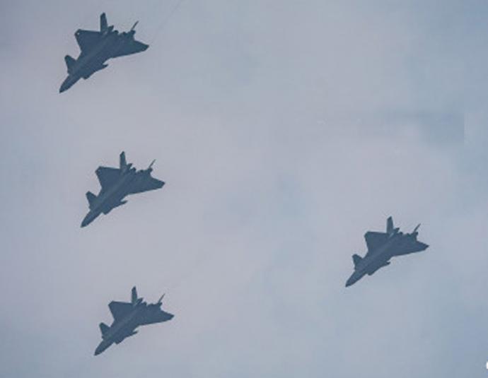 中国空军 歼-20歼击机编队